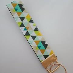 Green triangle print key fob wristlet