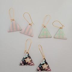 Gold triangle print dangle earrings