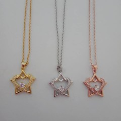 Heart and star charm pendant necklaces