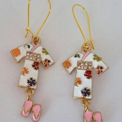 Japanese style gold / white flower kimono charm earrings