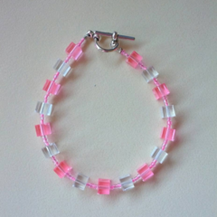 Pink and clear cube bead bracelet