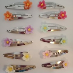 Flower silver snap hair clips