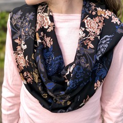 Luxurious Soft Feel Infinity Scarf
