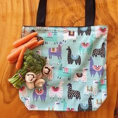 "Market Tote Bag "" Llamas on mint"""