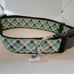 Green checked adjustable dog collars medium /  large