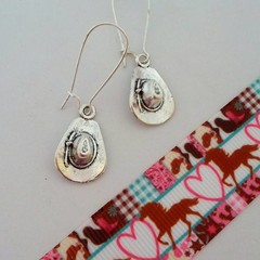 Silver cowboy / cowgirl hat earrings