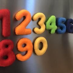 Magnetic felt numbers in rainbow colours, felt magnet numbers, fridge magnets nu