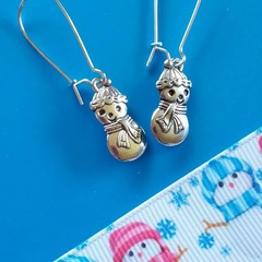 Small silver snowman charm earrings / Christmas earrings