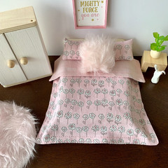 Dollhouse bedding set, cute miniature dollhouse duvet and pillows , dollhouse de