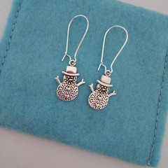 Silver snowman with heart Christmas earrings