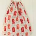 Native Australian Flower Calistemon Medium Drawstring Ba for Storage or Gift Bag