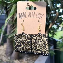 Gold Swirl Small Earrings