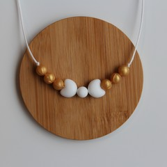 WHITE & GOLD PEARL BOW  SILICONE CHEWABLE NECKLACE