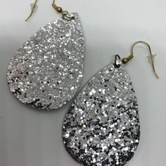Silver shimmer earrings
