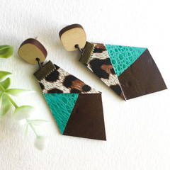 Leopard print green Leather earrings