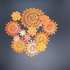 13 Orange Mixed Hand Dyed Cotton Doily Applique Lace Embellishments Flowers Meda