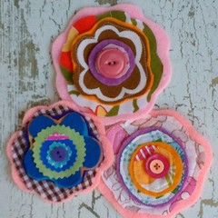 3 handmade layered fabric flowers appliques embellishments sewing 70s inspired