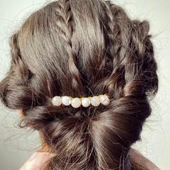 Rose quartz and freshwater pearl hair comb