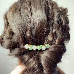 White jade and aventurine hair comb