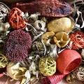 Autumn colours mixed pods - Dried decoration - Pot Pourri - Gift Box - Natural