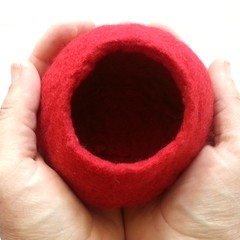 Red Wet Felted Bowl Kit,  using a resist method