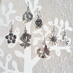 Simple silver colour flower charm drop earrings , Rose Sunflower Bellflower
