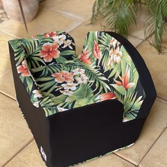 Medium Booster Seat - Solarium Cypress