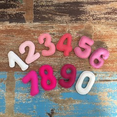Felt numbers in pink, counting, colour recognition, homeschool