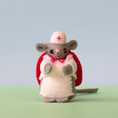 Nurse mouse, Miniature Wool Felt Mouse, dollhouse, gift for nurse, keepsake gift