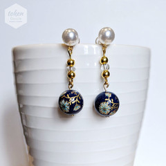 Shiny Navy Blue Bead with Light Baby Blue Daffodils Floral Earrings