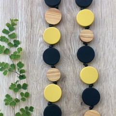 Womens Mustard Black Round Circle Disc Coin and wood Necklace