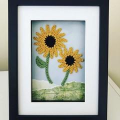 Crochet sunflower frame 17x22cm