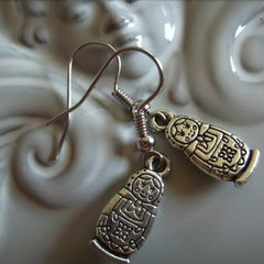 1 x babushka doll earrings silver tone