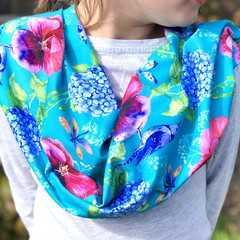 Ladies Infinity Scarf -