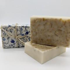 Manuka Honey and Oatmeal Hand Soap