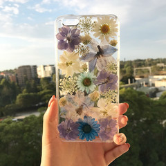 Handmade phone case/ pressed flower phone case/ preserved flower phone case/ dri