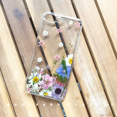 Handmade phone case/ pressed flower phone case/ preserved flower phone case
