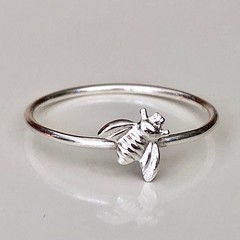 Tiny silver bee ring