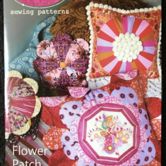 Flower Patch Pillows | Cushion/Pillow Pattern | Anna Maria Horner