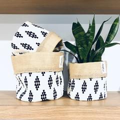 Planter Sacks (medium) black/white