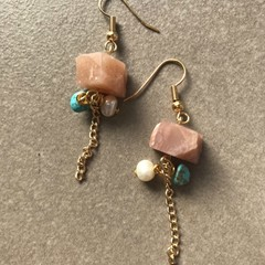 Salmon Pink Stone Chunks Earring