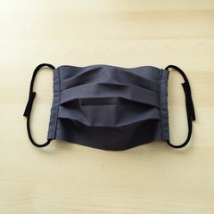 New Size! S,M,L/Charcoal grey/Pleated Face Mask with filter pocket and Nose Wire