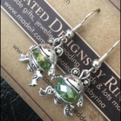 Crystal drop beaded earringS frog