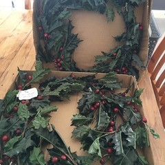 """Stoneleigh gallery Decorate you wreath measures approx 20""""  (50.5cm)"""