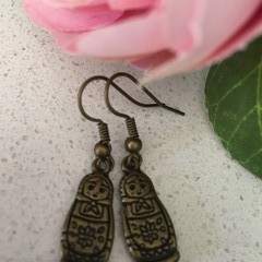 1 x babushka doll earrings bronze tone