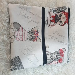 Double zipper bulldog pouch