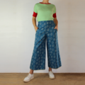 Blue Scribble Cropped Wide Leg Cotton Canvas Pants with Pockets, Flat Fr