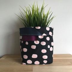 Small fabric planter | Storage basket | DARK SPOTS