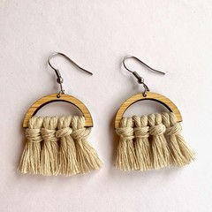Mini beige macrame earrings