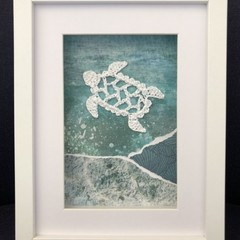 Crocheted turtle frame